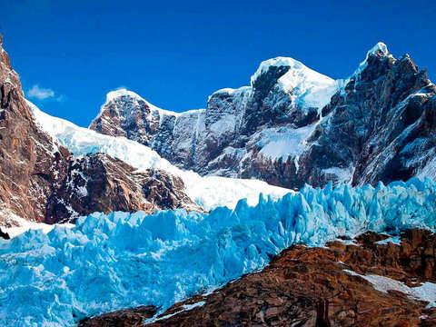 Navigation to the Balmaceda and Serrano Glaciers